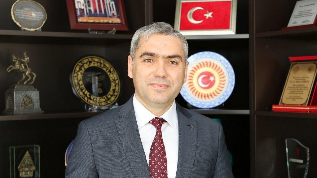 titck-baskani-dr-hakki-gursoz-un-19-mayis-ataturk-u-anma-genclik-ve-spor-bayrami-mesaji-18052020223409