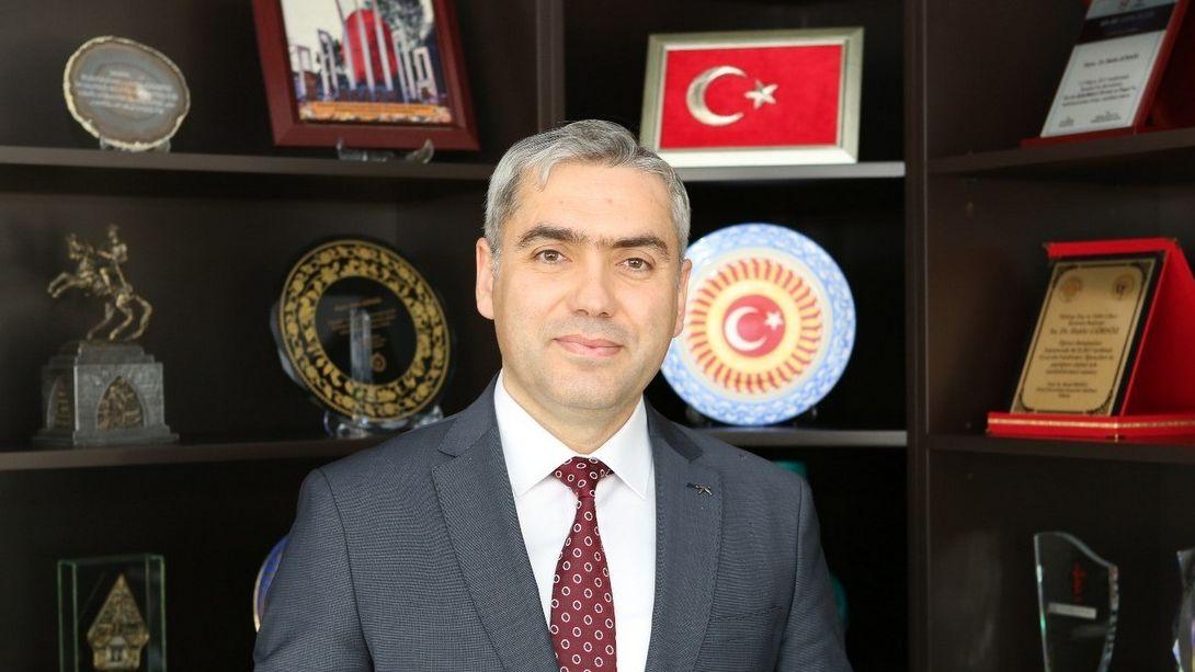 titck-baskani-dr-hakki-gursoz-un-23-nisan-ulusal-egemenlik-ve-cocuk-bayrami-mesaji-23042020140835