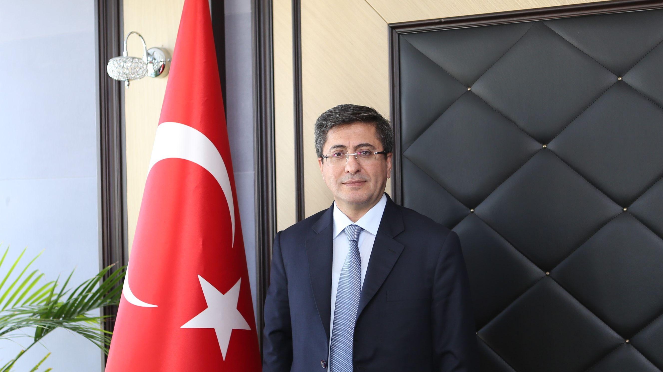 turkiye-ilac-ve-tibbi-cihaz-kurumu-nda-nobet-degisimi-21072020122309