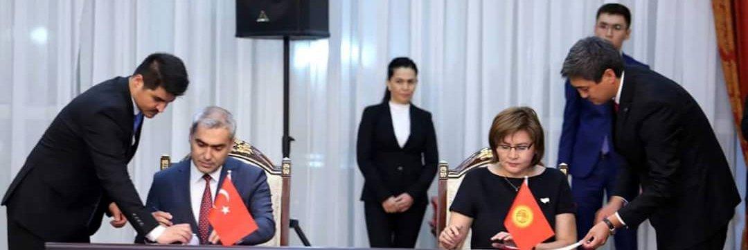 kirgizistan-ile-turkiye-arasinda-ilac-ve-tibbi-alanlarinda-isbirligi-anlasmasi-imzalandi-27122018172756